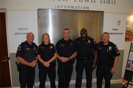photo of officers