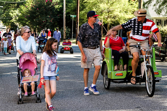 2014-July-4 pedicab in parade