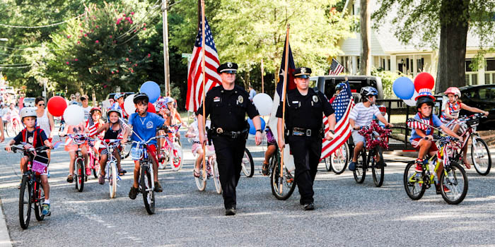 2014-July-4Offi and bike parade